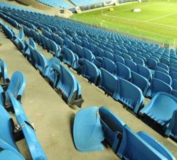 colorados destruíram 60 cadeiras