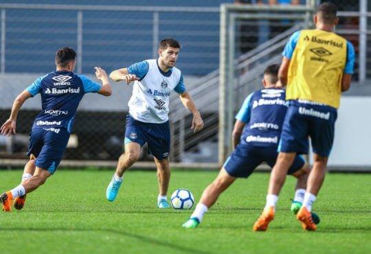 jogadores que estão fora do time do Grêmio