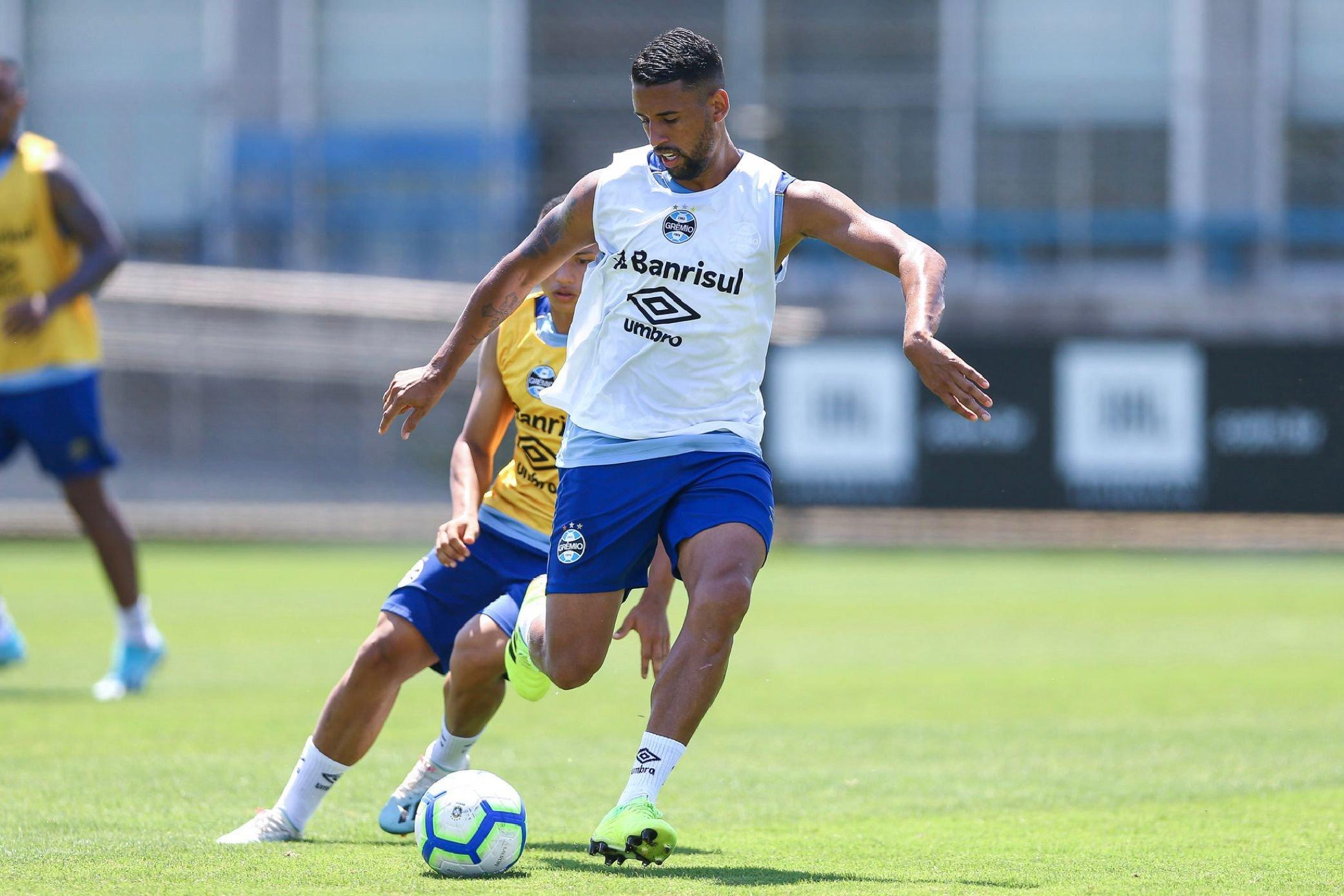 Michel pode trocar o Grêmio