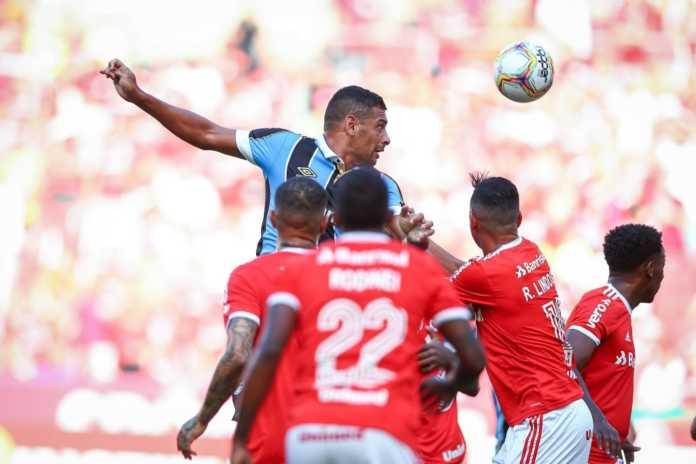 escalação do Grêmio que enfrenta o inter