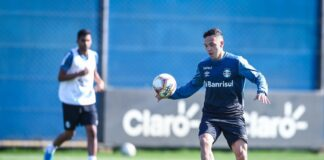 Pepê renova com o Grêmio